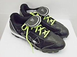 d8865c4e7e1 UNDER ARMOUR brand boys or girls cleat athletic shoes for sports 7.5 bla.