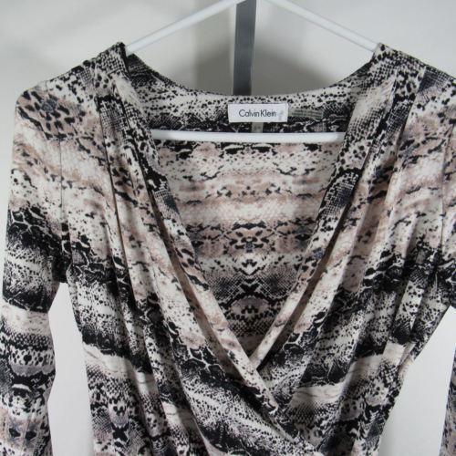 Calvin Klein Blusa Camisa Top TALLA S Blanco Negro Piel de Serpiente Estampado image 2