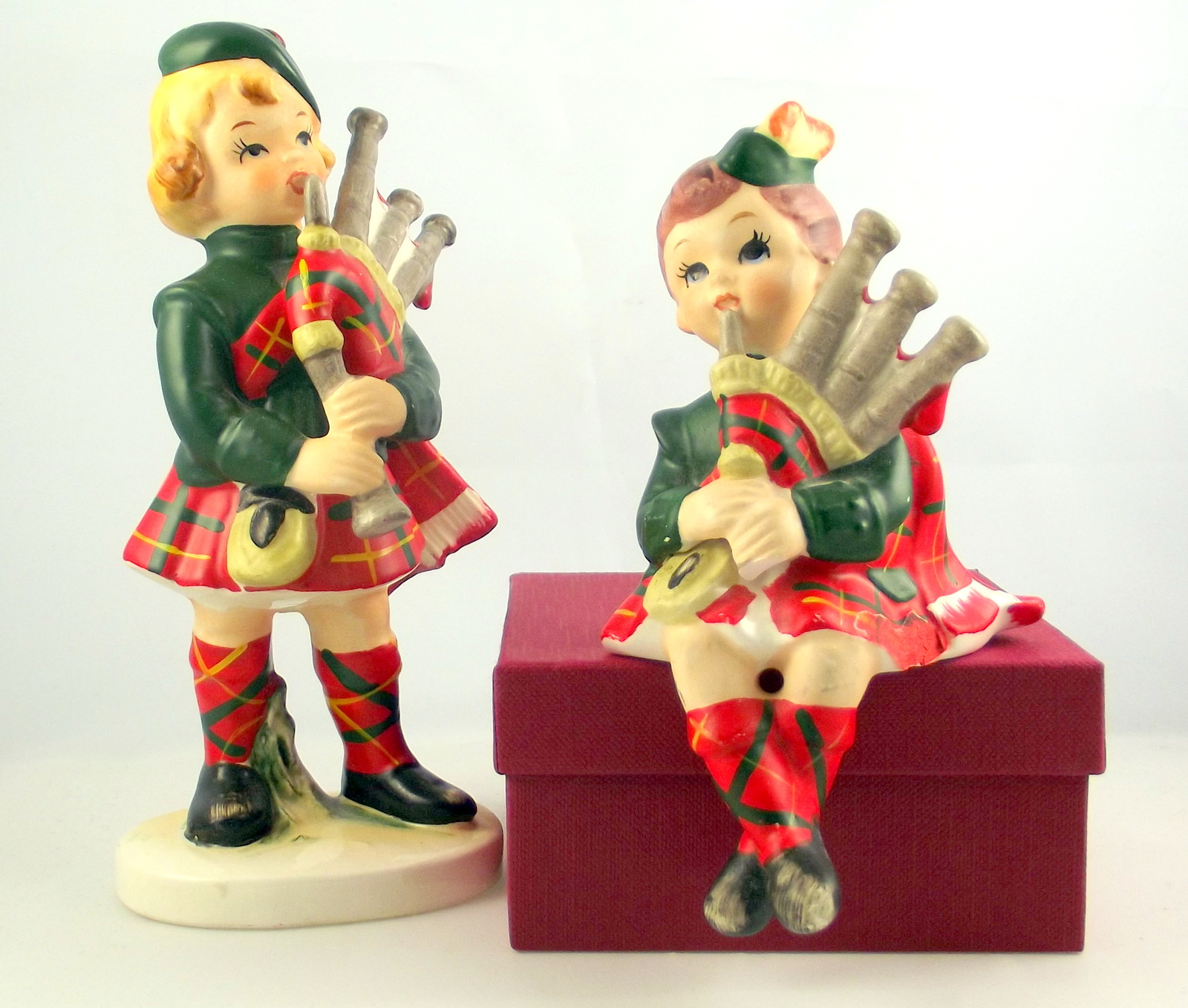 Lefton scot figurines 1