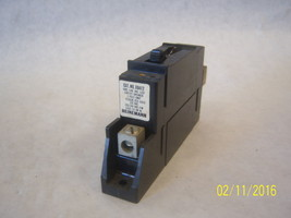 X0412 - Miniature Molded Case Circuit Breaker - $27.18