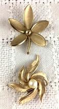 Vintage Brooch Pins Signed Crown Trifari Gold Tone  - $10.00
