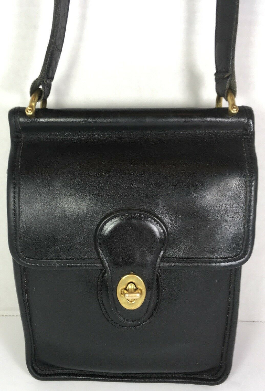 Coach Vintage Small Willis Smooth Black Leather Shoulder Bag-Made in USA