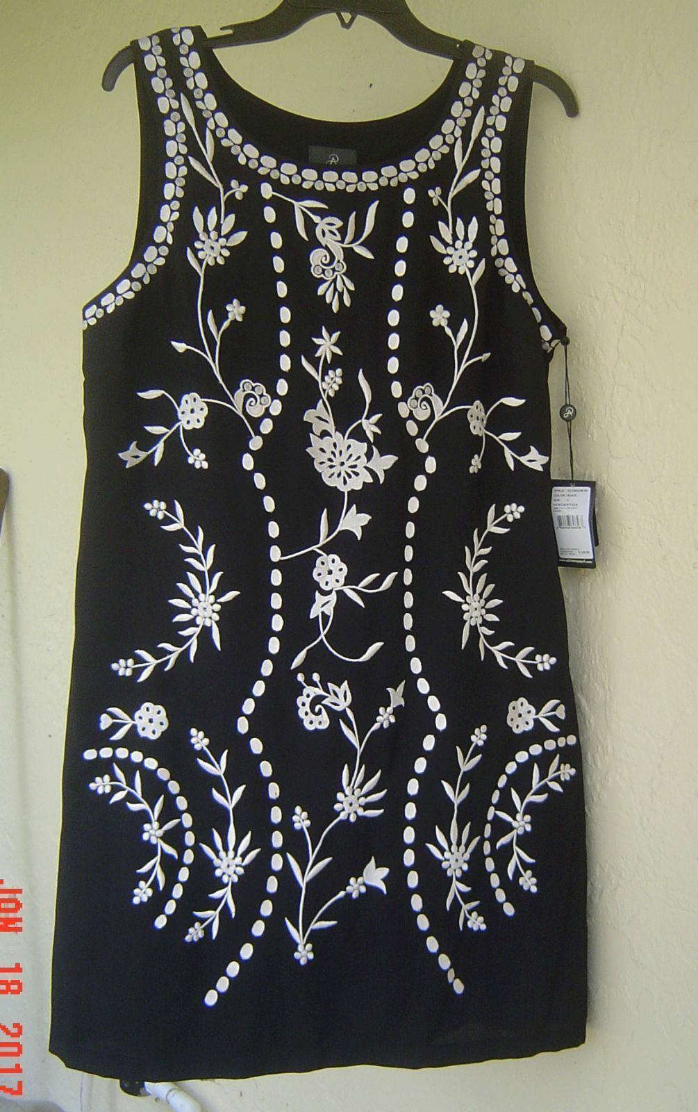 NWT ADRIANNA PAPELL BLACK FLORAL EMBROIDERED SHIFT DRESS SIZE L $120 image 3