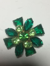 VINTAGE LAYERED GREEN RHINESTONE GOLD TONE BROOCH PIN - $125.00