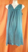 Vanity Fair Silky Sleeveless Nightgown size L Teal Green V-Neck Flower A... - $26.11