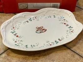 """Pfaltzgraff Winterberry 16"""" Sculpted Oval Platter Xmas Plate 109-834-00 New Box - $44.55"""