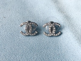Authentic Chanel CC Logo Crystal Strass Silver Stud Earrings  image 5