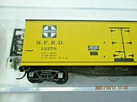 Micro-Trains Stock # 04900910 Santa Fe 40' Double-Sheathed Wood Reefer N-Scale image 2