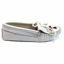 Minnetonka, Women's MOCCASIN. WHITE. LEATHER WITH BEADS STYLE #  154 - $54.99