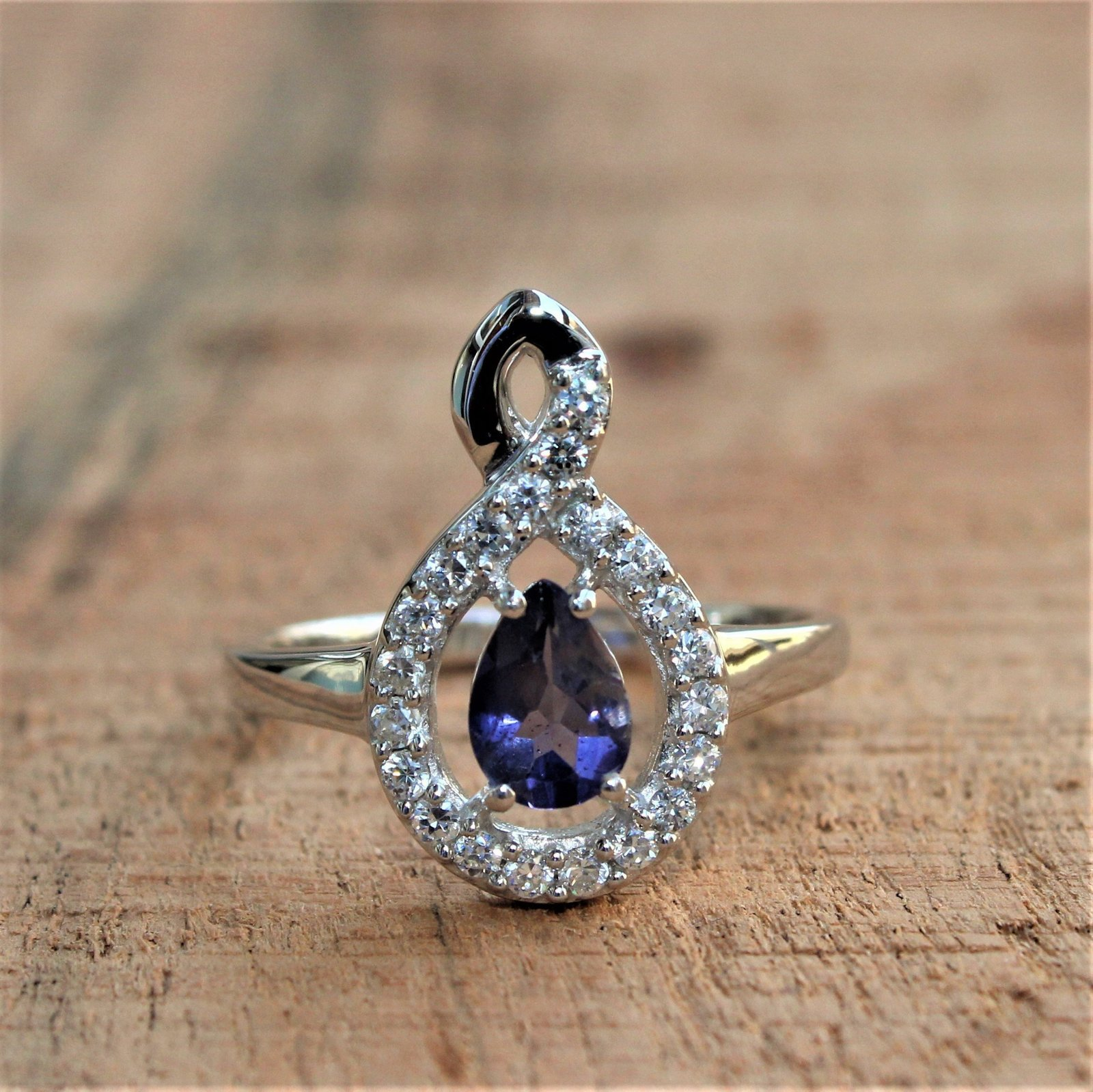 925 Sterling Silver Natural Fine Quality Blue Sapphire And Cz Gemstone Handcraft