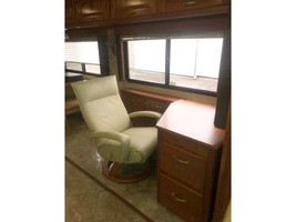 2008 Monaco CAMELOT 42PDQ Used Class A For Sale In Gallipolis, OH 45631 image 12