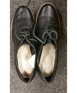 Clarks lady leather casual Shoes Size 5 - $54.44