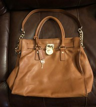 Michael Kors Large Brown Hamilton Traveler Shoulder Bag With Gold Lock A... - $99.99