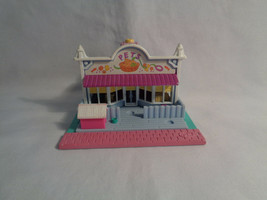 Vintage 1993 Polly Pocket Bluebird Pet Store - as is - no figures - $10.15
