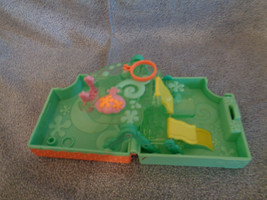 Littlest Pet Shop Teeniest Tiniest Play-set Take-Along Aquarium Slide 2007 - $9.28