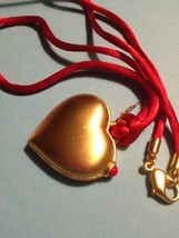 Estee Lauder LOVE HEART 2011 Solid Perfume Compact and Necklace - FREE S... - $30.00