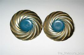 "Sassy~Round Brass Swirl Ridged Blue Enamel~1 1/8""~Button Clip On Earrings~EC024 - $4.88"