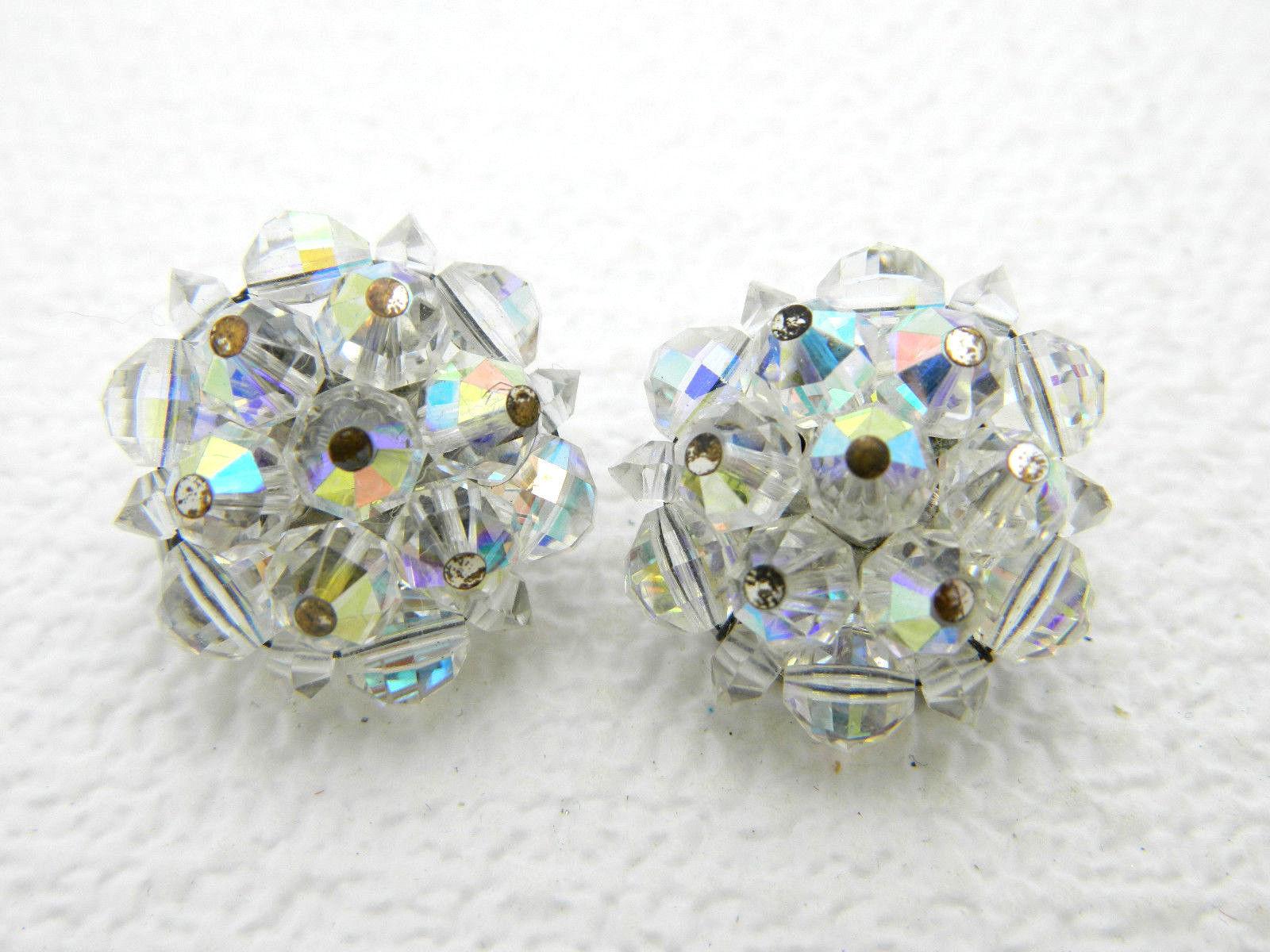 Vintage LAGUNA Aurora Borealis Clear Crystal Cluster Round Clip Earrings