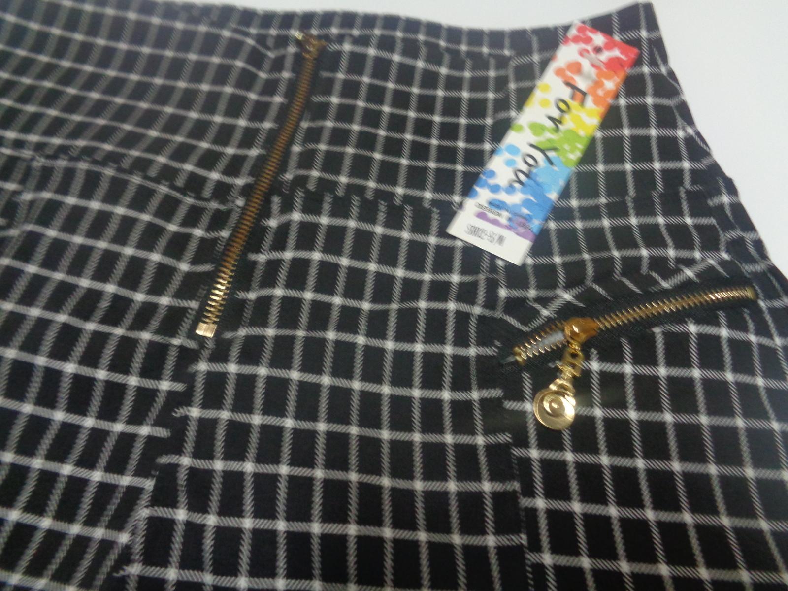 JUST FOR YOU Black & White Mini Short Shorts NWT Juniors SZ S