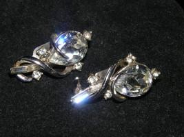Vintage Large Clear Teardrop Rhinestone w Silvertone Wire Wrap & Tiny Rh... - $6.97