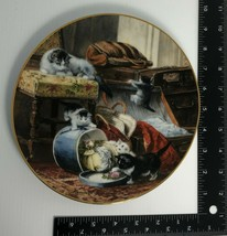 Knowles Mischief With The Hatbox Cat Collector Plate Victorian Cat, 8.50... - $39.60