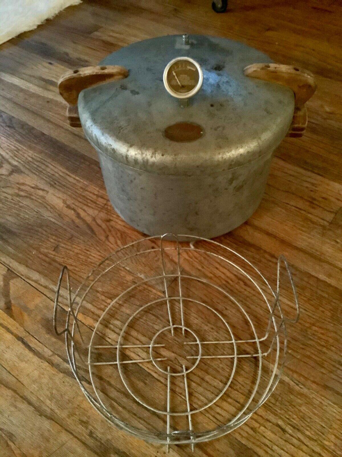 Vintage Heavy Duty PRESTO 16 Qt quart Cooker Canner  Model No. 7 w/ wire basket - $125.00