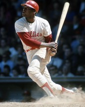 Dick Allen 8X10 Photo Philadelphia Phillies Picture Baseball Mlb Watching Flight - $3.95
