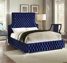 Meridian Furniture Sedona Navy Finish Velvet Deep Tufted Queen Size Bed