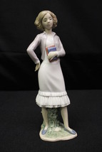 "2011 Lladro Nao Daisa Spain OCCUPATIONS: GOING TO LEARN Girl w/Books 9"" ... - $79.99"
