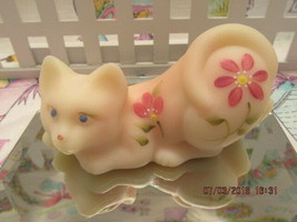 FENTON ART GLASS 2003 BURMESE STRETCHING HP/ KITTEN FIGURINE - $68.00