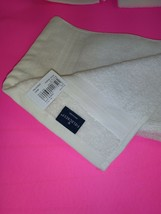 FIELDCREST  100% Cotton  HAND TOWEL 16''X30''  - CREAM- NEW WITH TAGS image 2