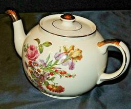 Floral Tea Pot with lid by Ellgreave Burslem England AA20-7418 Vintage