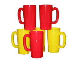 8 Small 14 Oz  Children's Mugs 4 ea Red Yellow Made  America Lead Free* - £24.86 GBP