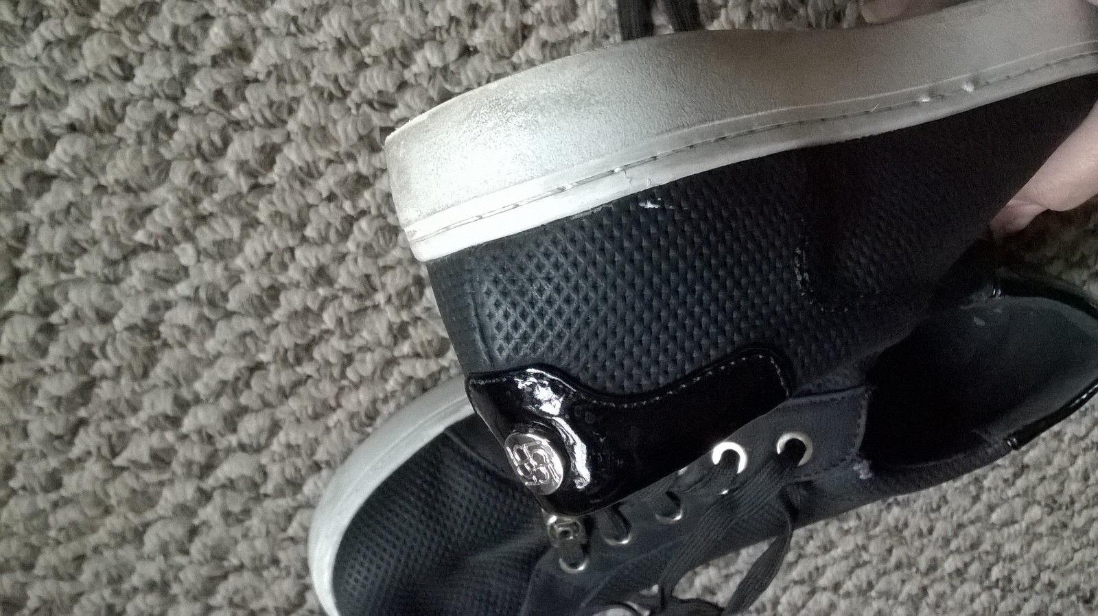 LIZ CLAIBORNE  WARWICK Women's Size 7M Sneakers  Lace-Up Black / White