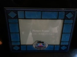 """Disney Vacation Club Picture Photo Frame Stained Glass Blue 4"""" x 6"""" - $24.70"""