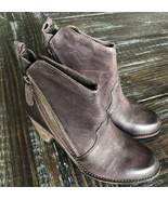 Charles David Ivi women's leather Bootie sz 7 NWOB - $56.09