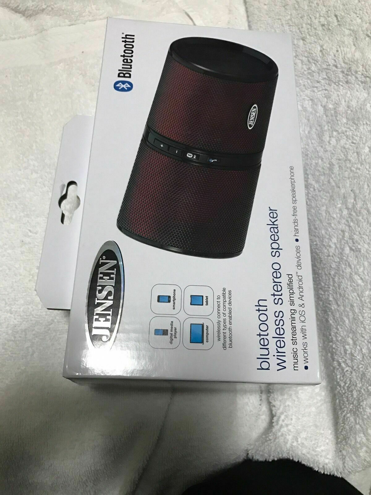JENSEN Bluetooth Rechargeable Stereo Speaker (Red) SMPS622R Brand New In Box