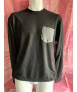 Men's No Retreat Smooth Pocket Long Sleeve Crew Shirt Size Medium - $11.99
