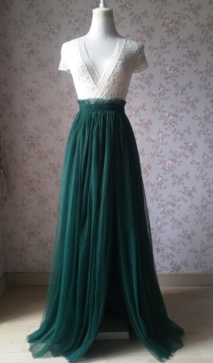 Slit tulle skirt 01 dark green
