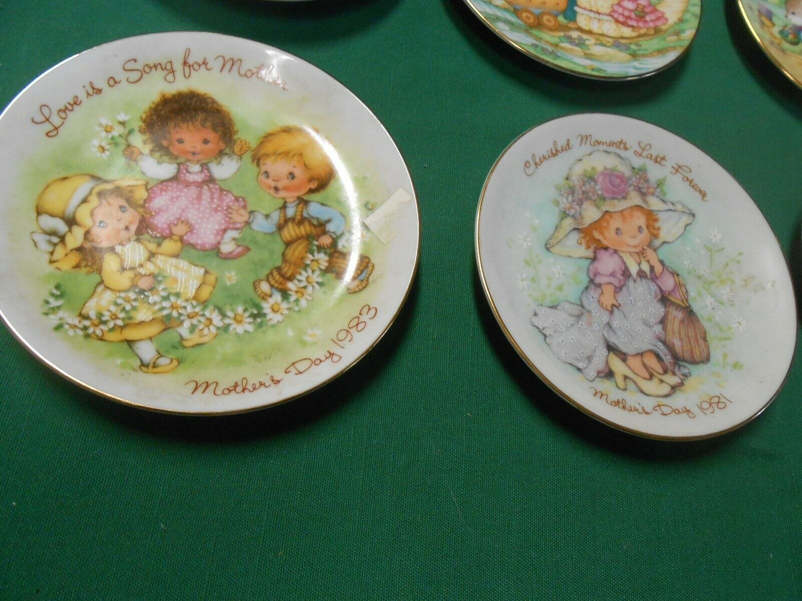 AVON Mini Plates Collection of 6..MOTHERS DAY & EASTER