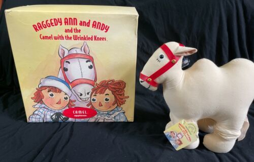 IOB Raggedy Ann and Andy Camel with Wrinkled Knees Applause Box B