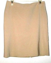 Talbots Beige Fitted Wasit Skirt Size 6P - $8.00