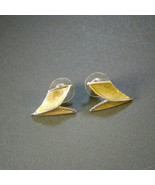 Gold and silver Chevron stud earrings, vintage womans - $10.70