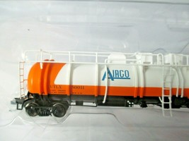 Broadway Limited # 3828 AirCo Cryogenic Tank Car # ULTX 80011 N-Scale image 2