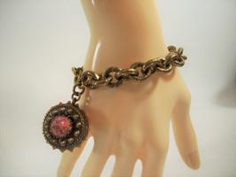 Antiqued Gold Plate Cable Chain Bracelet w Coral Cab Dangle Pendant Vint... - $24.74