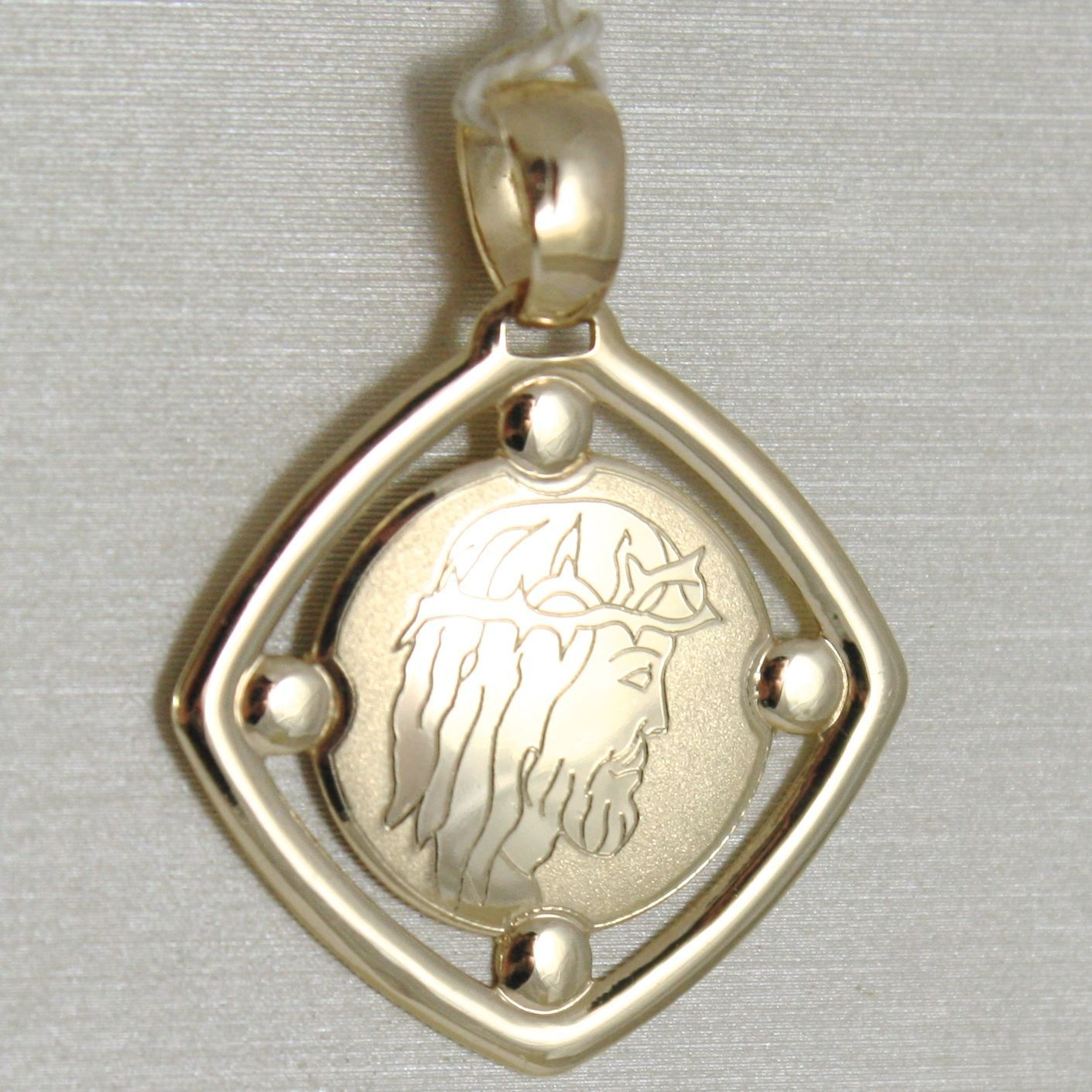 PENDANT MEDAL YELLOW GOLD 375 9K, VOLTO CHRIST, RHOMBUS, SATIN, MADE IN ITALY