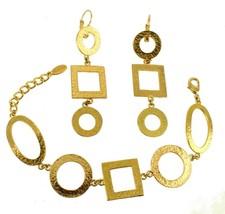 VINTAGE DOLCE VITA HAMMERED GOLD TONE SHAPES BRACELET & EARRINGS SET ADJ... - $121.49
