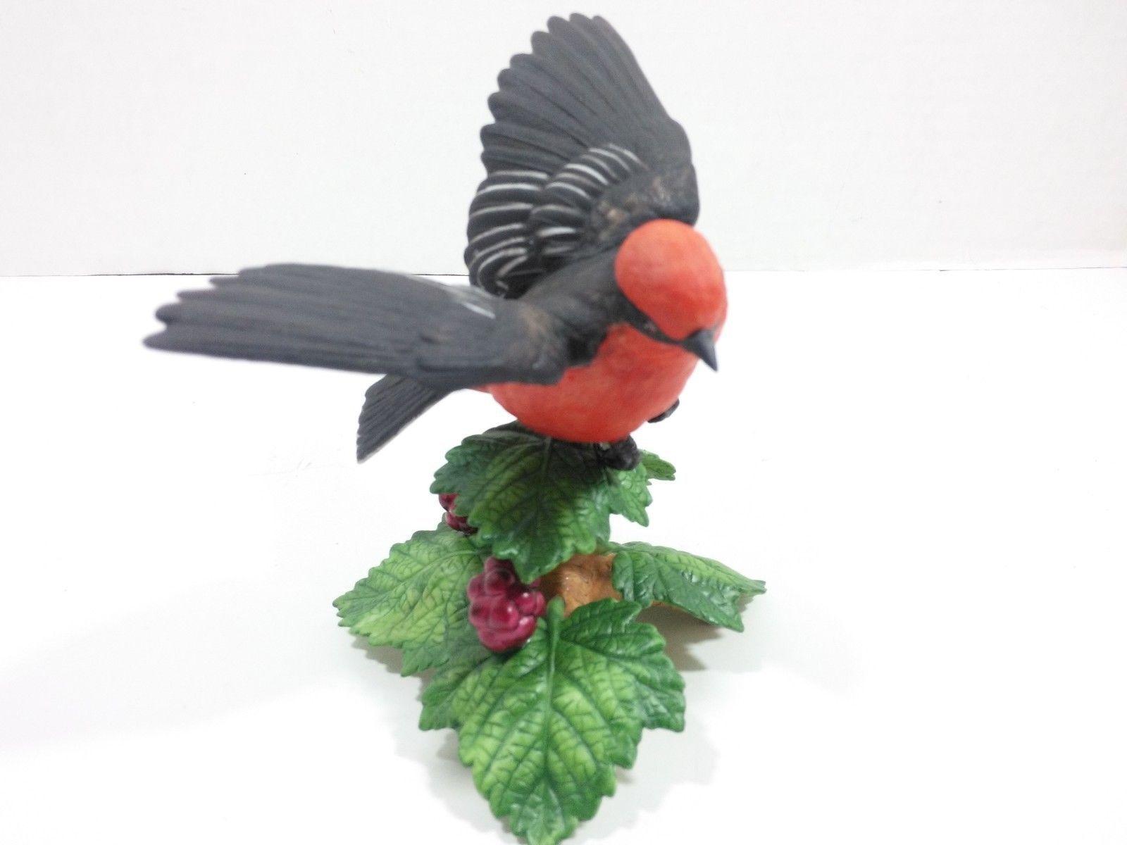 THE LENOX GARDEN BIRD COLLECTION Pine Grosbeak (Fine Porcelain 1999)