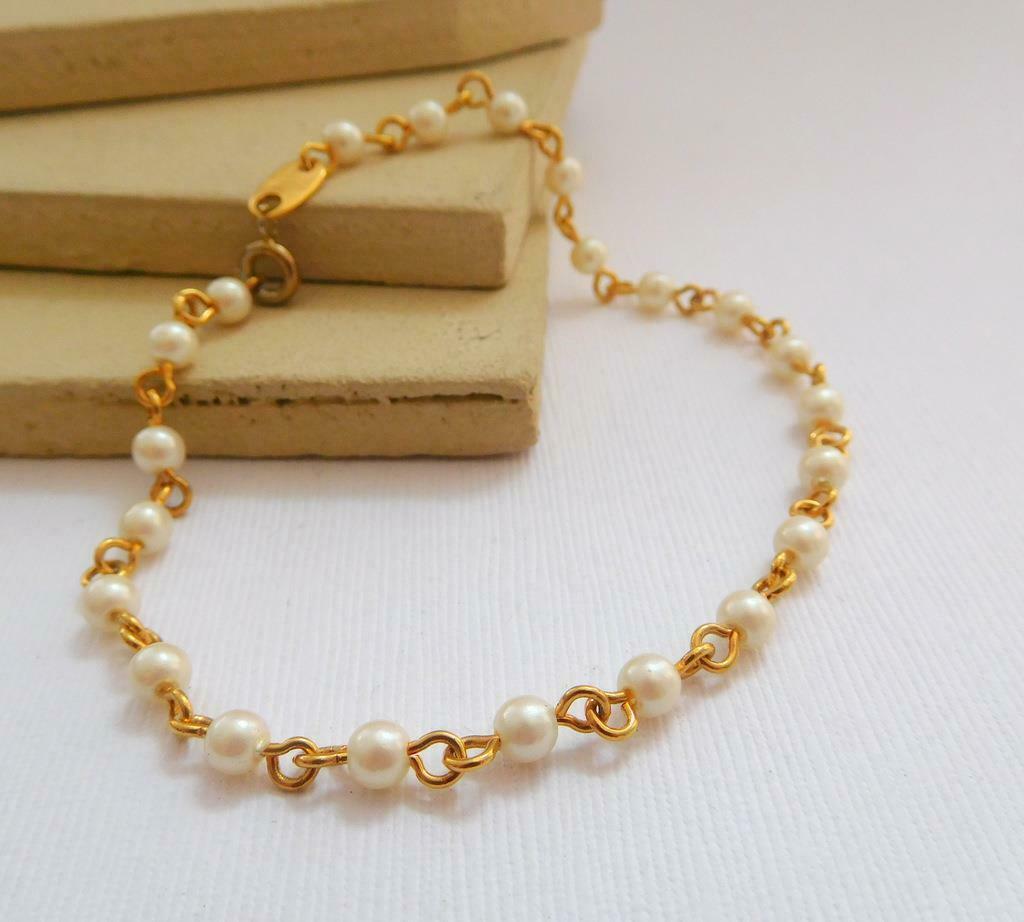 Vintage Avon White Faux Pearl Gold Tone Bead Chain Bracelet G50