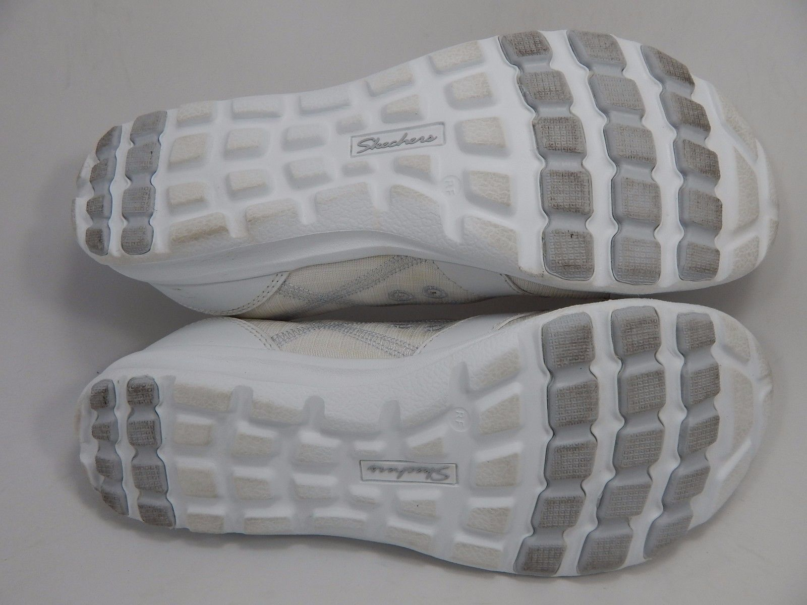 Skechers Relaxed Fit Dreamchaser Ante Up Women's Shoes Size US 6.5 M (B) EU 36.5